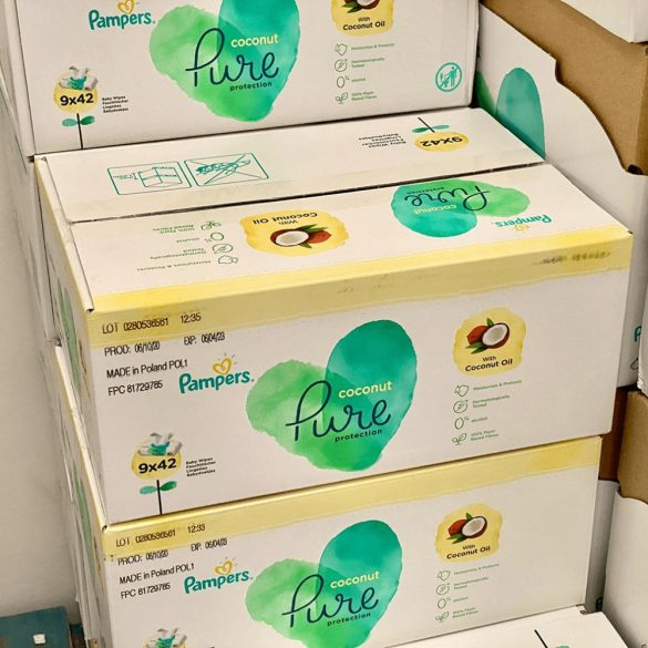 Pampers Pure coconut/kókuszos nedves törlőkendő 9x42 db