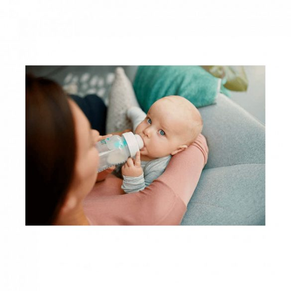 CSOMAGOLÁSSÉRÜLT - Avent SCF813/14 Anti-colic cumisüveg AirFree™ szeleppel 260 ml